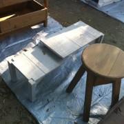 森のスパイスさんの小机と小椅子。