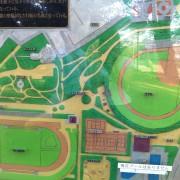 市営グラウンドの駐車場を探す