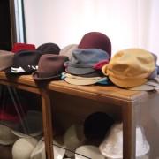 冬用の帽子たちなど。