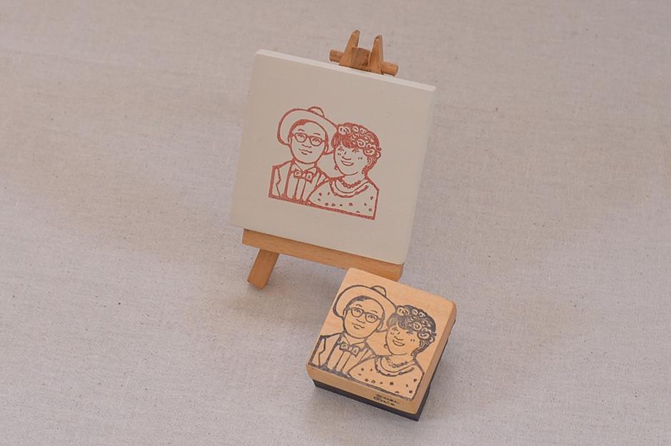 オプション:そのまま飾れるフレーム仕様(ミニイーゼル付き) +2000 円~ (サイズにより変動する場合があります)